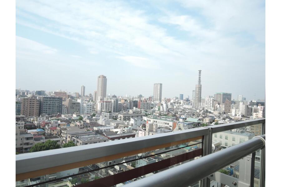 2LDK Apartment to Buy in Shinjuku-ku View