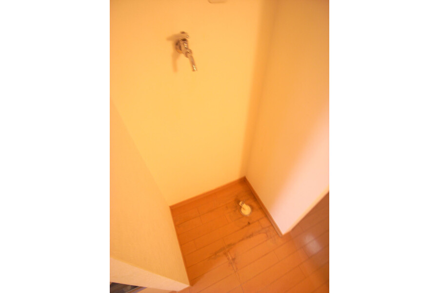 1R Apartment to Rent in Sumida-ku Outside Space