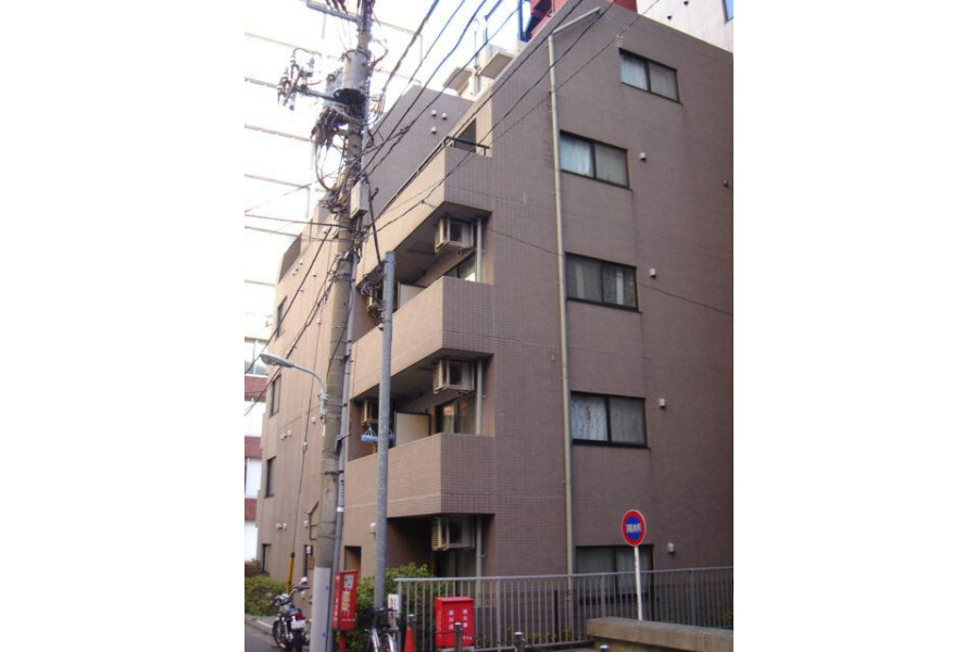 1K Apartment to Buy in Shinagawa-ku Exterior