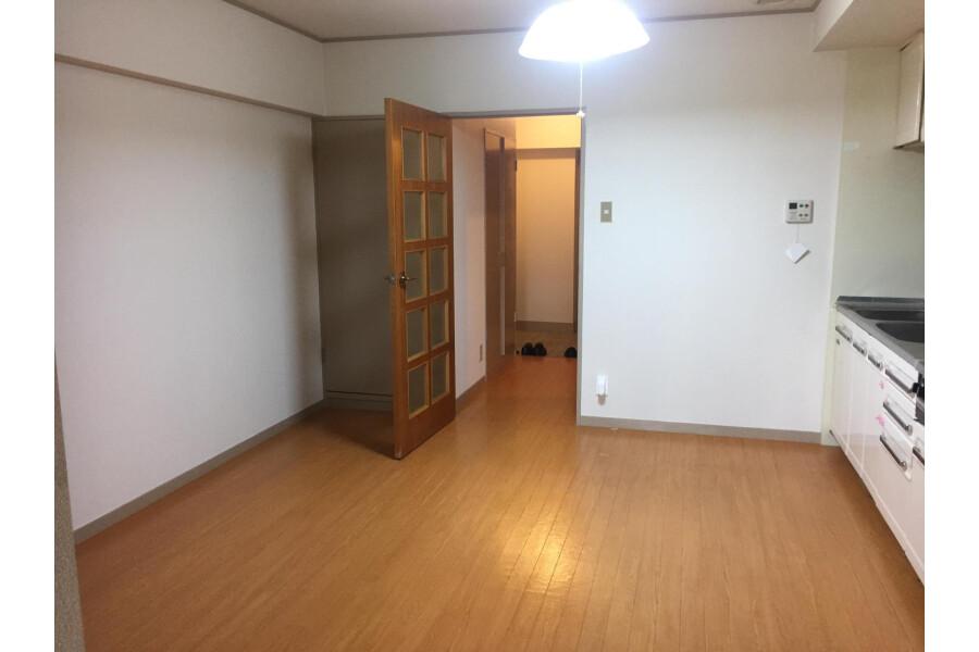 1LDK Apartment to Buy in Kyoto-shi Higashiyama-ku Living Room