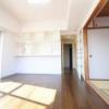 在蕨市购买楼房(整栋) 公寓大厦的 起居室