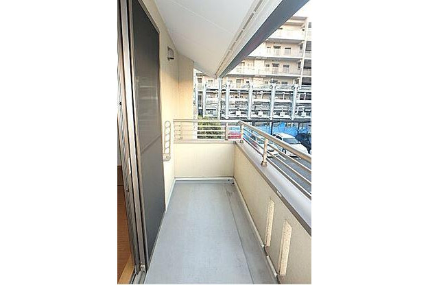 2LDK Terrace house to Rent in Nagoya-shi Higashi-ku View