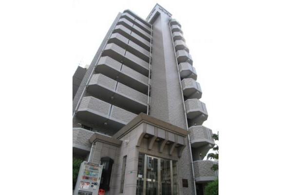 1K Apartment to Rent in Osaka-shi Miyakojima-ku Exterior