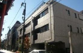 2LDK Mansion in Saneicho - Shinjuku-ku