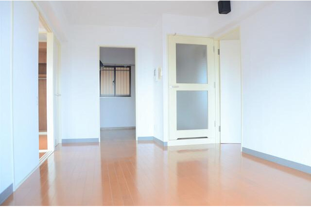 3LDK Apartment to Buy in Kyoto-shi Kamigyo-ku Living Room