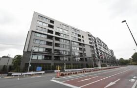 港区 南青山 2LDK {building type}