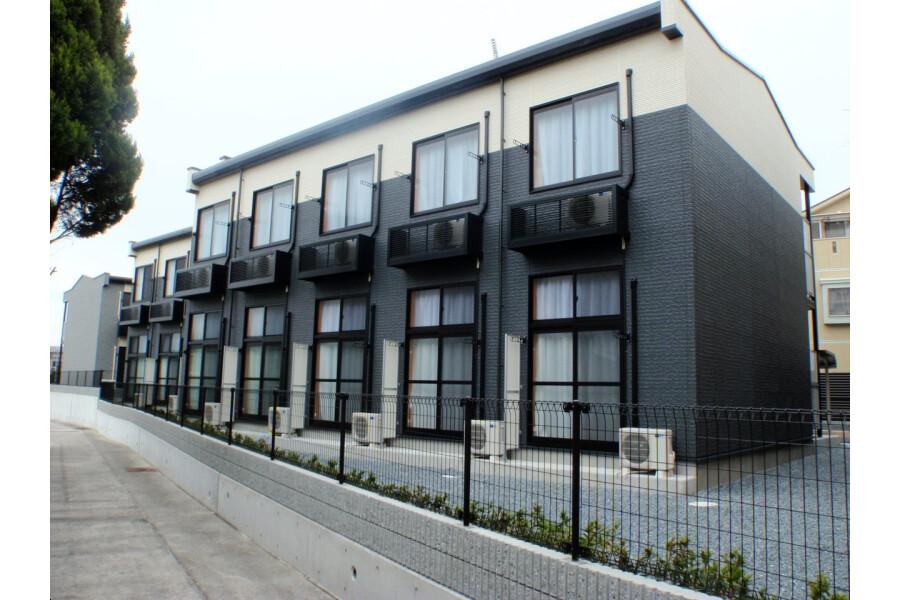 1K Apartment to Rent in Hirakata-shi Exterior
