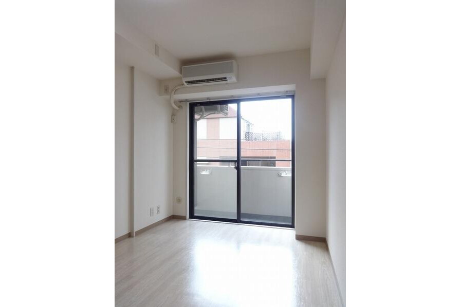 1R Apartment to Rent in Itabashi-ku Interior