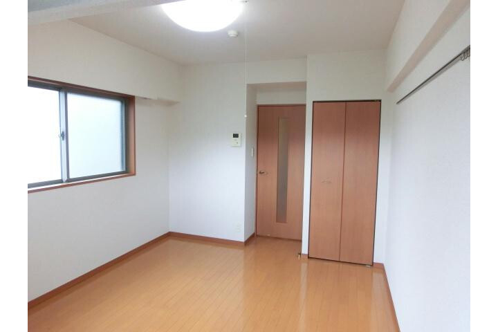 1K Apartment to Rent in Koto-ku Interior