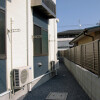 1K Apartment to Rent in Komae-shi Entrance Hall