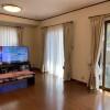 在世田谷区购买5SLDK 独栋住宅的 起居室