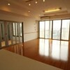 3LDK Apartment to Rent in Osaka-shi Naniwa-ku Entrance Hall