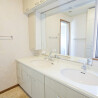 Shared Guesthouse to Rent in Setagaya-ku Washroom