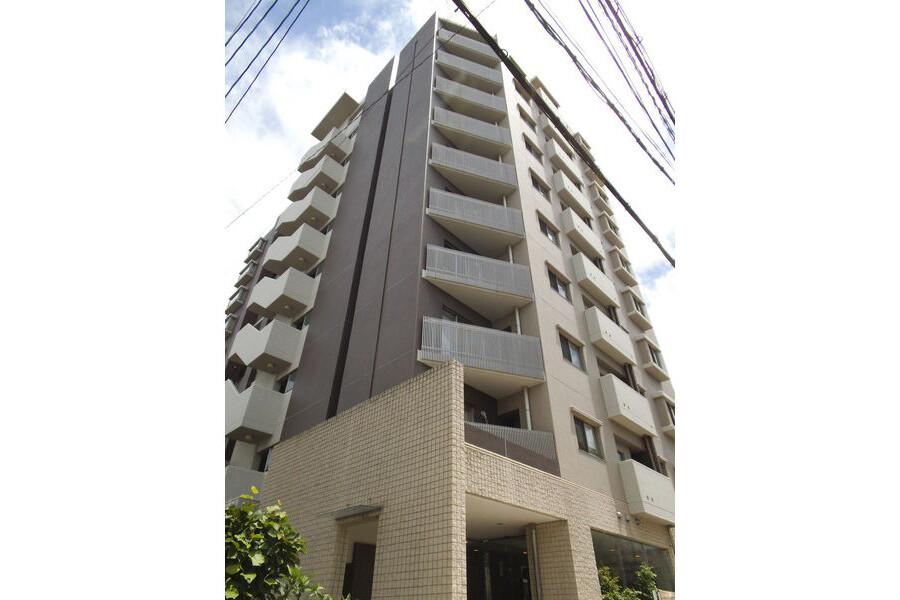 3LDK Apartment to Rent in Osaka-shi Tennoji-ku Exterior