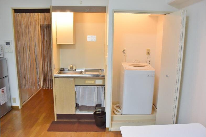 1R Apartment to Rent in Osaka-shi Naniwa-ku Kitchen