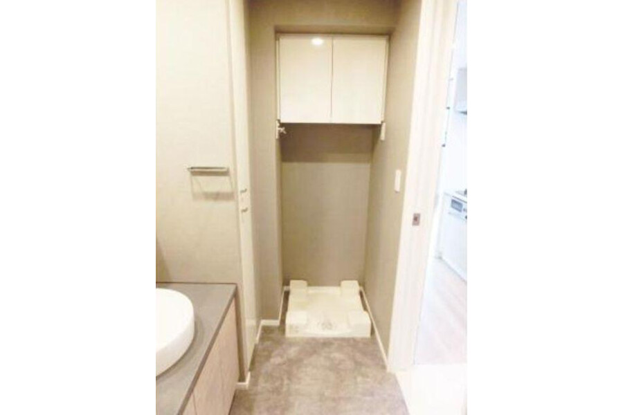 1LDK Apartment to Rent in Shibuya-ku Outside Space