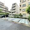 1K Apartment to Rent in Setagaya-ku Parking