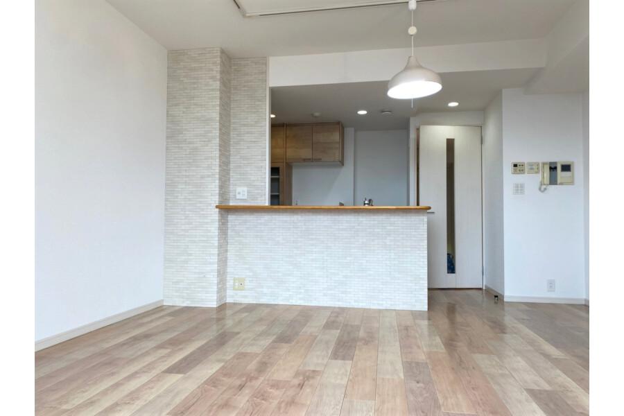 3LDK Apartment to Buy in Kyoto-shi Ukyo-ku Living Room