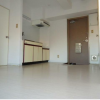 2SLK Apartment to Rent in Yamato-shi Living Room