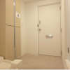 1K Apartment to Buy in Chuo-ku Entrance