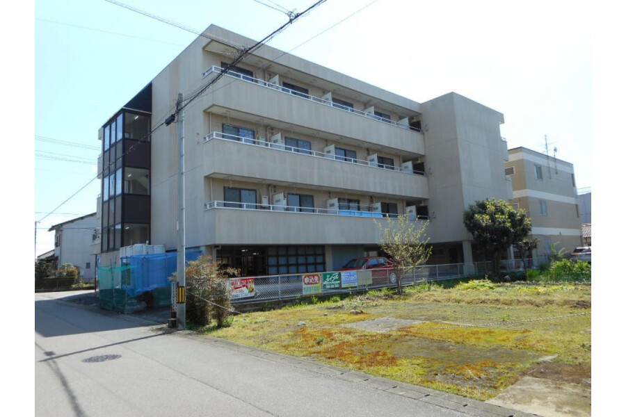Whole Building Apartment to Buy in Gifu-shi Exterior