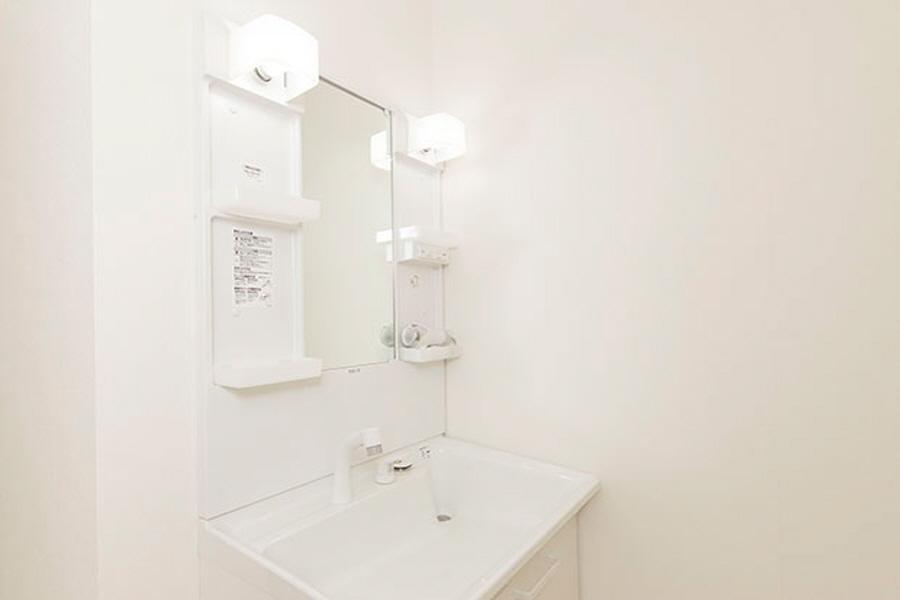Private Serviced Apartment to Rent in Shinjuku-ku Bathroom