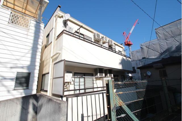 2K Apartment to Rent in Yokohama-shi Nishi-ku Exterior