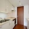 3LDK Apartment to Rent in Chiyoda-ku Kitchen