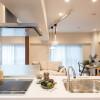 在港區購買2LDK 公寓大廈的房產 廚房