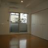 1K Apartment to Rent in Osaka-shi Nishiyodogawa-ku Living Room