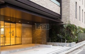2LDK Mansion in Ebisu - Shibuya-ku