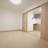 1DK Apartment to Buy in Osaka-shi Fukushima-ku Room