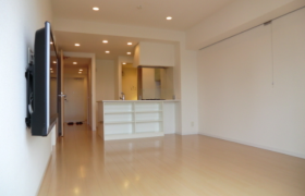2LDK Apartment in Minamisenju - Arakawa-ku