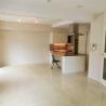 在港區購買1SLDK 公寓大廈的房產 起居室