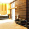 2LDK Apartment to Rent in Minato-ku Entrance Hall