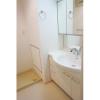 3LDK Apartment to Rent in Chuo-ku Washroom