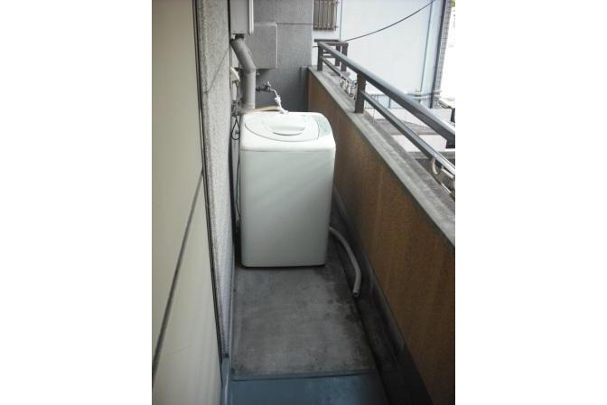 1DK Apartment to Rent in Osaka-shi Tennoji-ku Balcony / Veranda
