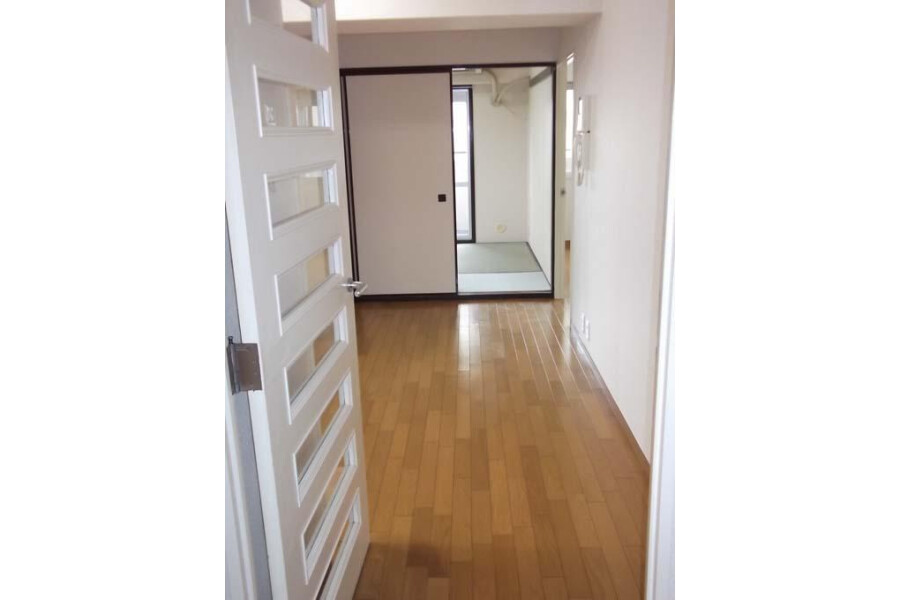 2DK Apartment to Rent in Arakawa-ku Interior
