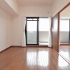 2SDK Apartment to Buy in Osaka-shi Taisho-ku Room