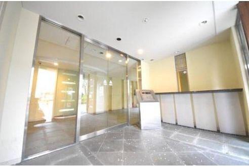 3LDK Apartment to Buy in Ota-ku Lobby