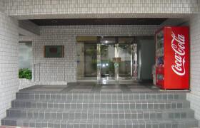 福岡市中央区 今泉 1R {building type}