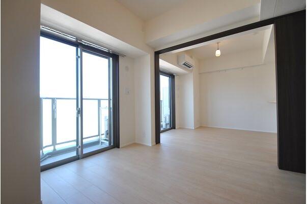 2LDK Apartment to Rent in Sumida-ku Interior