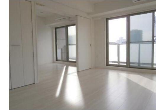 1LDK Apartment to Rent in Minato-ku Interior