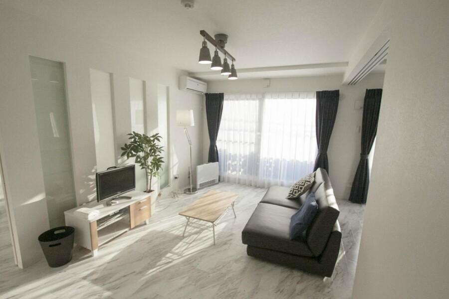 2LDK Apartment to Rent in Sapporo-shi Kita-ku Exterior