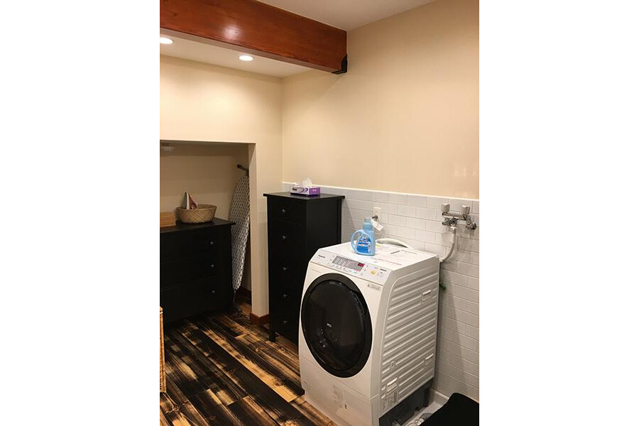 1DK Apartment to Rent in Shinjuku-ku Bathroom