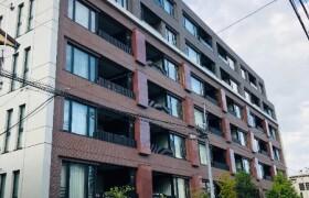 新宿区市谷加賀町-3LDK{building type}