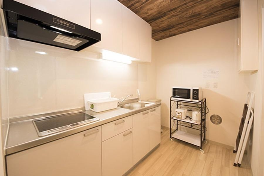 Private Guesthouse to Rent in Nakano-ku Kitchen