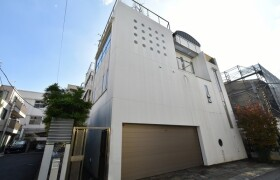 5LDK {building type} in Motoazabu - Minato-ku