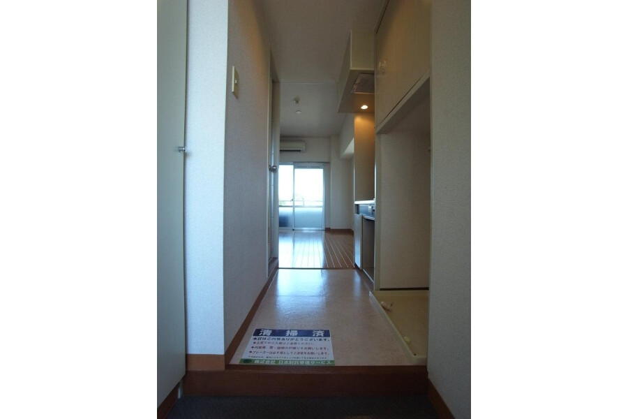 1K Apartment to Rent in Yokohama-shi Kanagawa-ku Interior