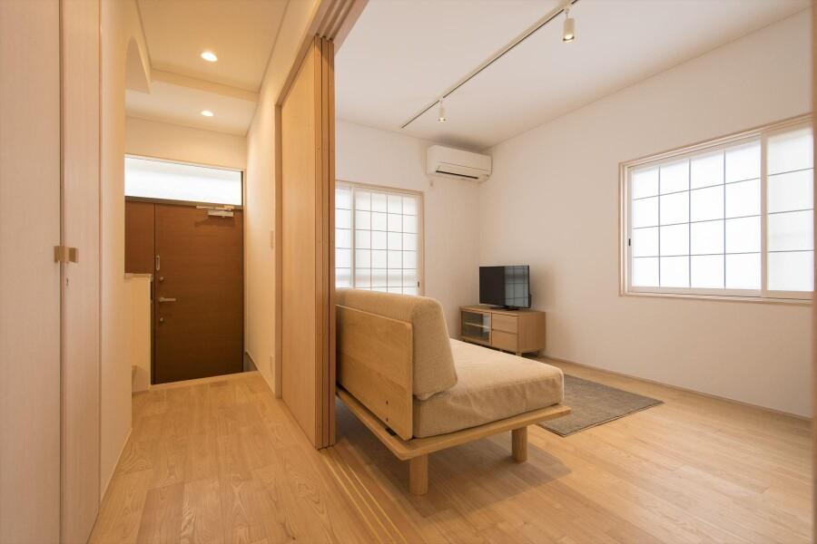 2LDK House to Rent in Kyoto-shi Sakyo-ku Living Room